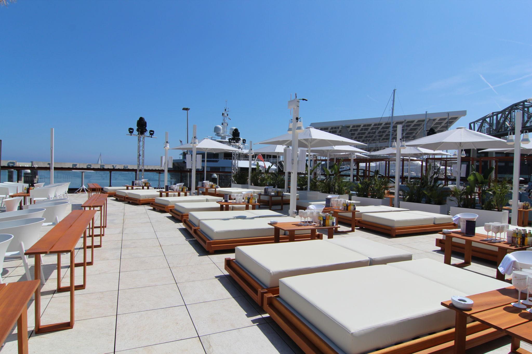 El Café Del Mar Más Grande Del Mundo Está En Barcelona
